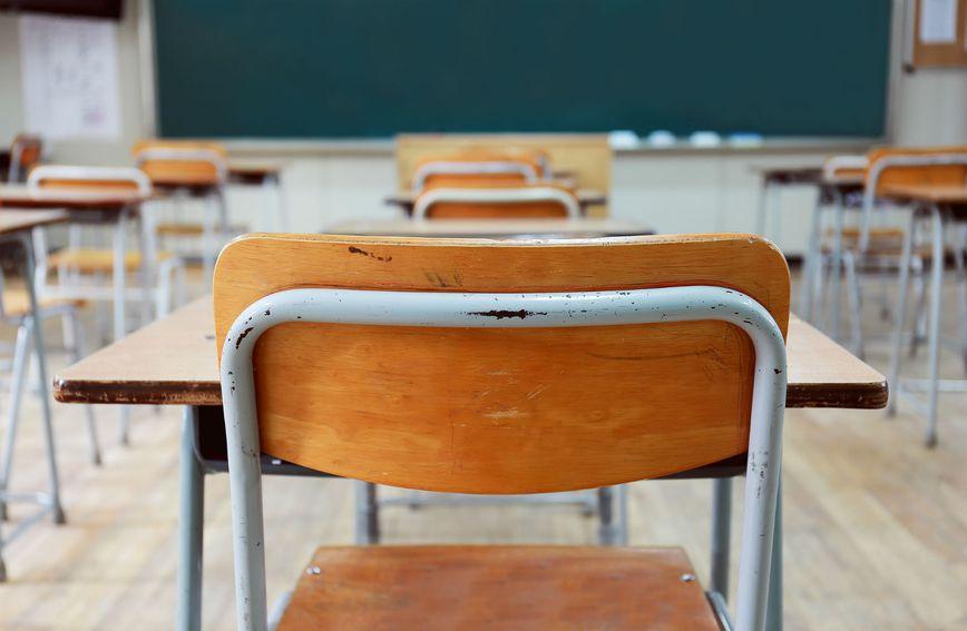 Prazna školska učionica