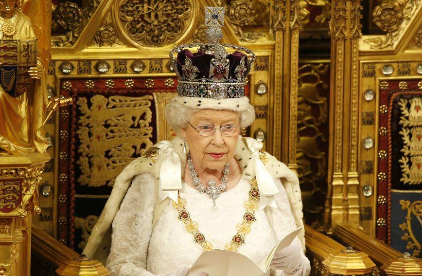 Pitanje od milijun kuna: Kako se preziva britanska kraljica Elizabeta II.?