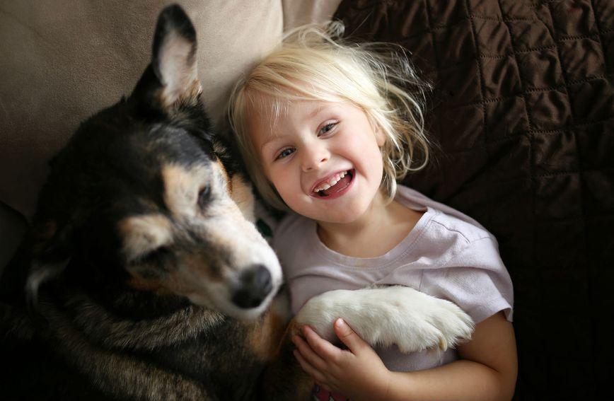 Ljubav koja može postojati između djeteta i psa zaista je nešto posebno