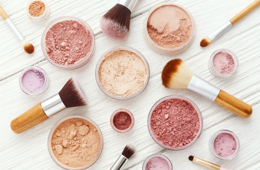 Kistove za šminkanje redovito čistite jer su u doticaju s vašom kožom