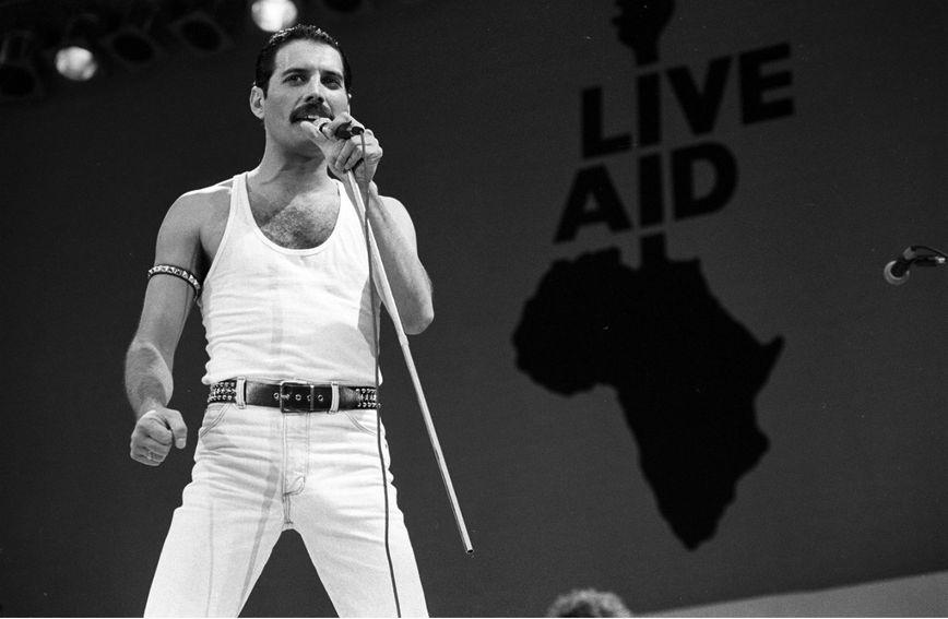 Freddie Mercury na Live Aidu 13. srpnja 1985. godine