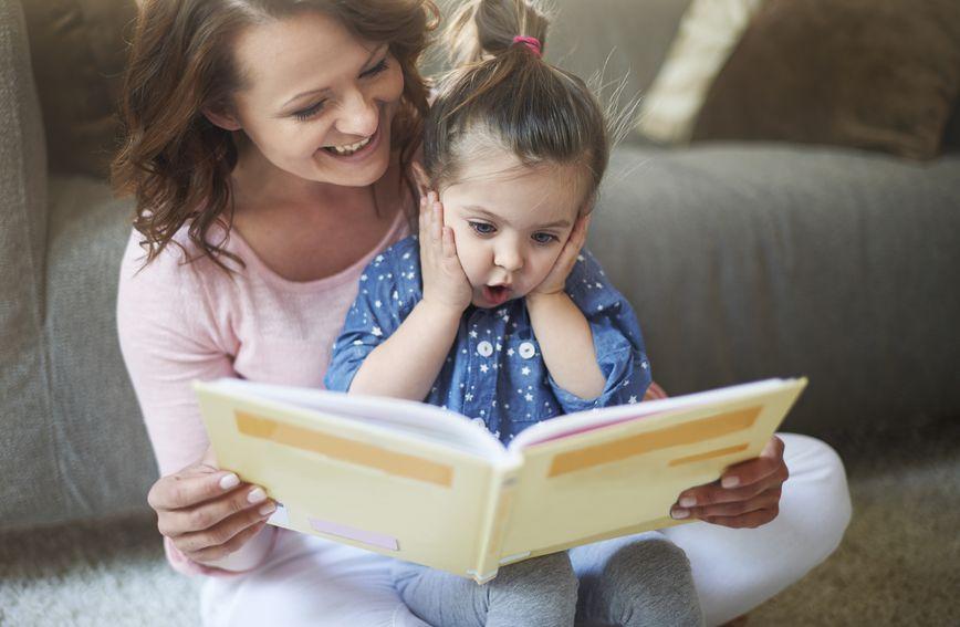 Likovi u pričama i bajkama u sebi imaju dozu fantastičnosti, što će dijete potaknuti da i samo istražuje granice mogućeg