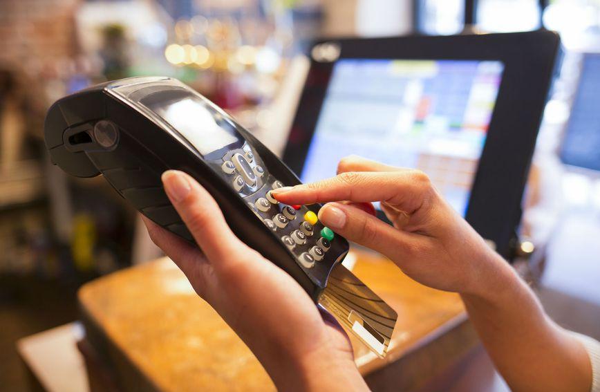 Kupovina s debitnom ili kreditnom karticom
