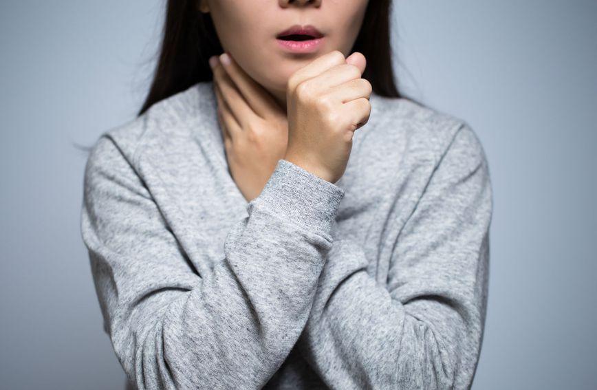 Kašalj je važan i složen refleks potaknut nečim što nadražuje grlo ili dišne puteve