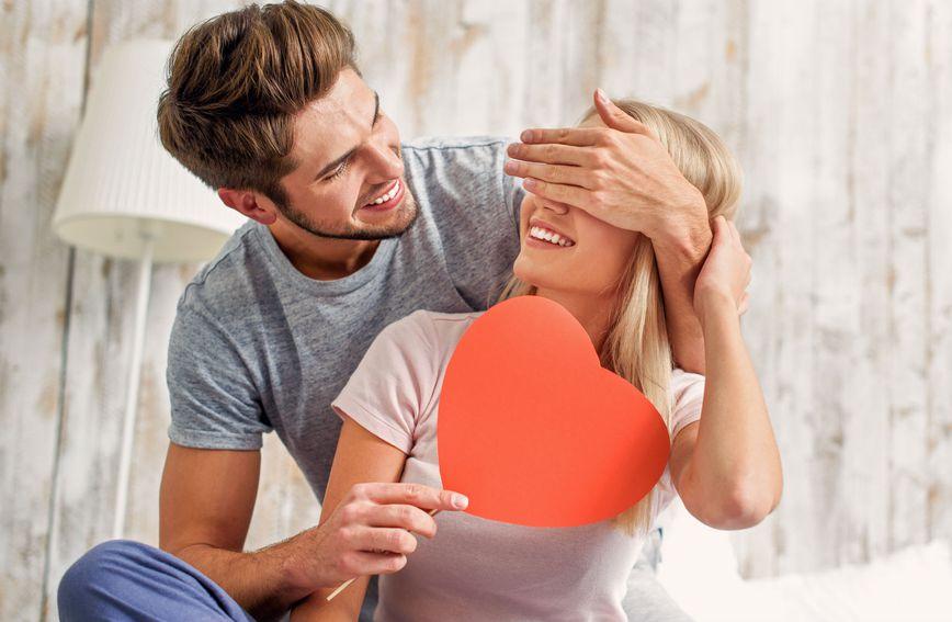Mali znakovi pažnje usrećuju oba partnera u vezi