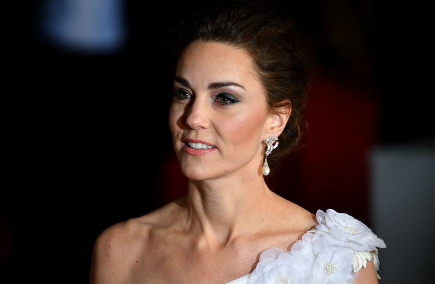 Vojvotkinja je nosila biserne naušnice princeze Diane