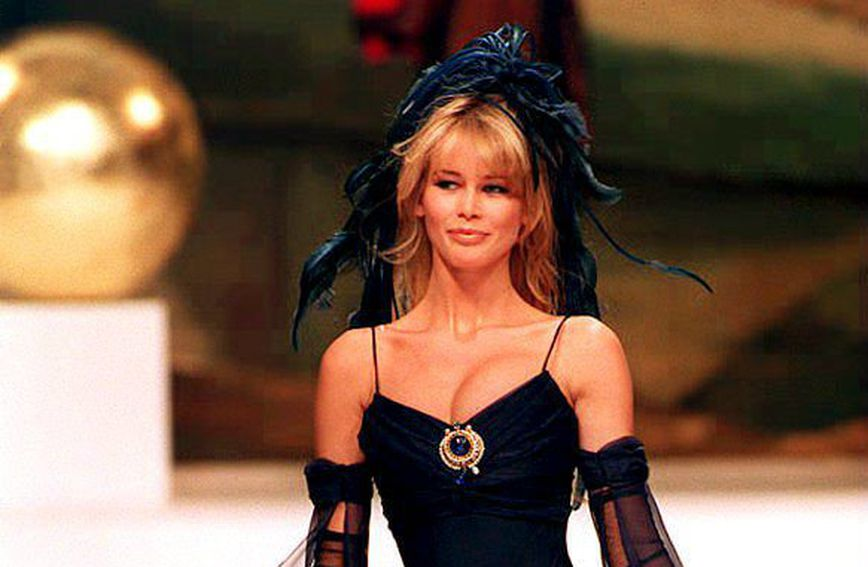 Male crne haljine Karla Lagerfelda za modnu kuću Chanel - 10