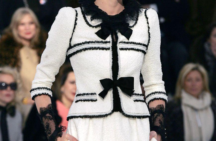 Kostim Karla Lagerfelda za Chanel, proljeće/ljeto 2006.