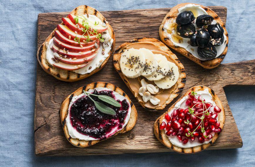 Maslac od orašastih plodova idealni je dodatak svakog doručka