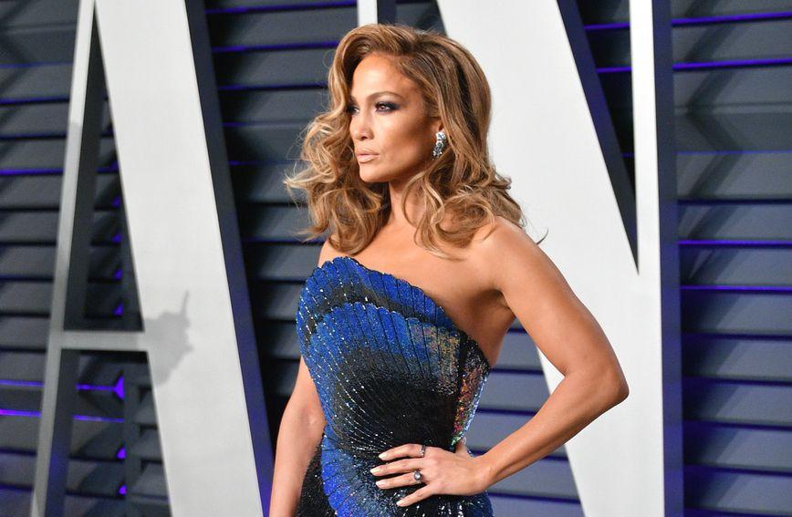 Jennifer Lopez na zabavi magazina Vanity Fair