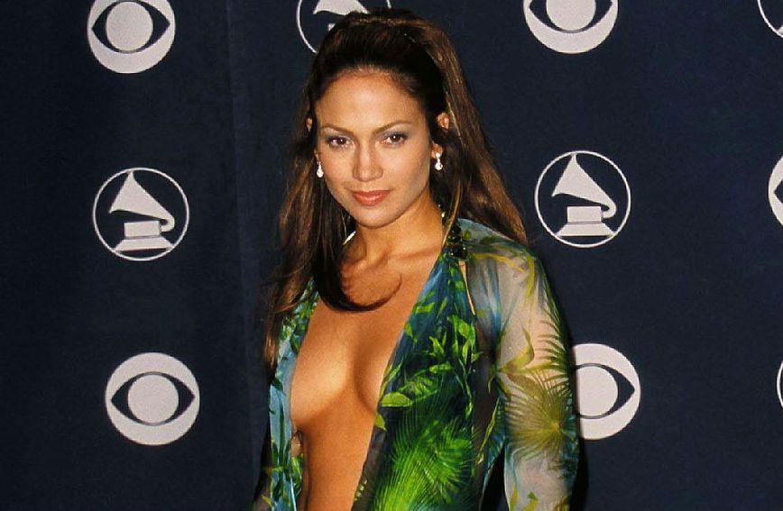 Jennifer Lopez u kultnoj Versace kreaciji 2000. godine