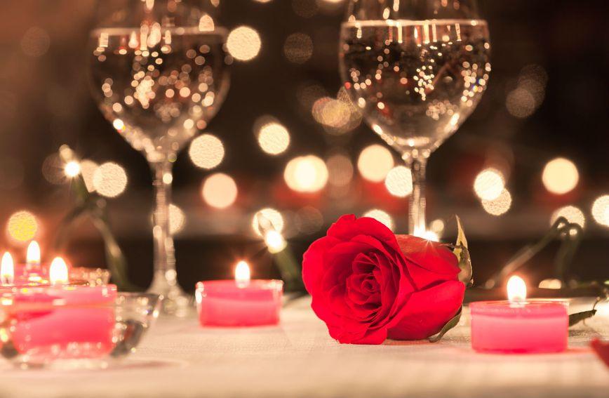 Ako na vašim prvim spojevima nema (nimalo) romantike, on vjerojatno ne želi ozbiljnu vezu
