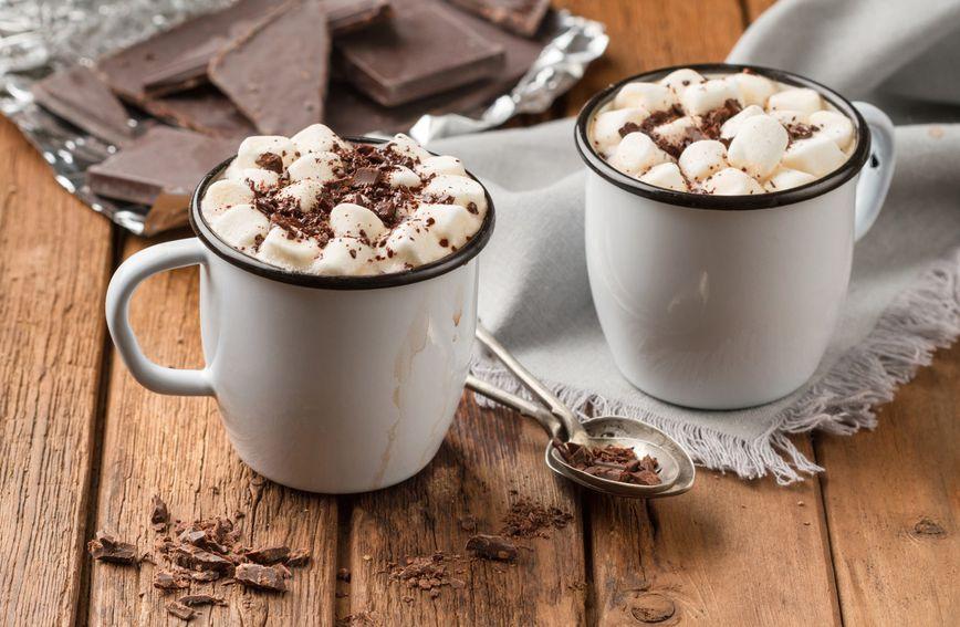 Topla čokolada idealan je izbor ako za zaželite slatkog i toplog napitka