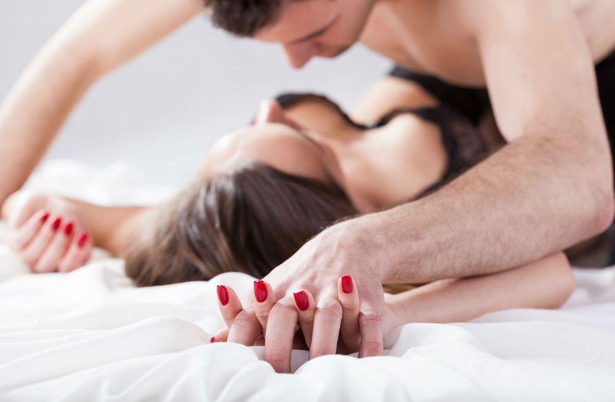 lezbijski top seks