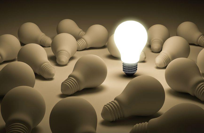 Žarulja kao simbol pameti i dobre ideje