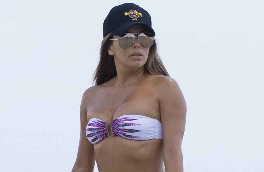 Eva Longoria na plaži