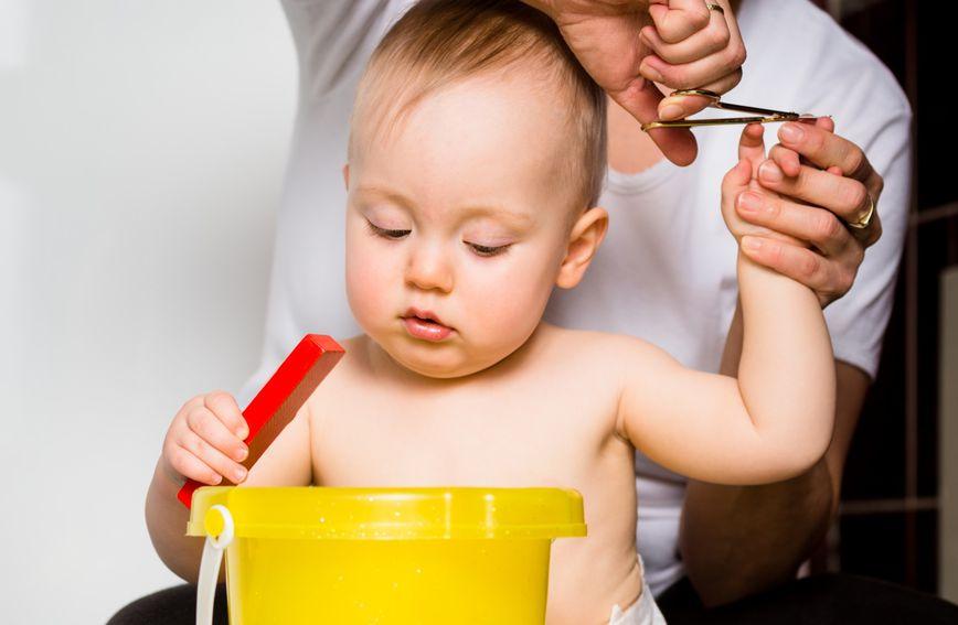 Noktići će se lakše odrezati i ako dijete pažnju usmjeri na nešto drugo