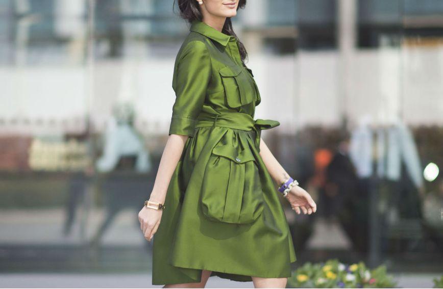 Žena u zelenoj haljini