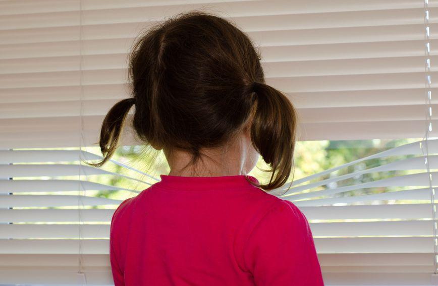 Vrijeme djetinjstva smatra se nevinim i sretnim, no za određen broj djece to nije tako