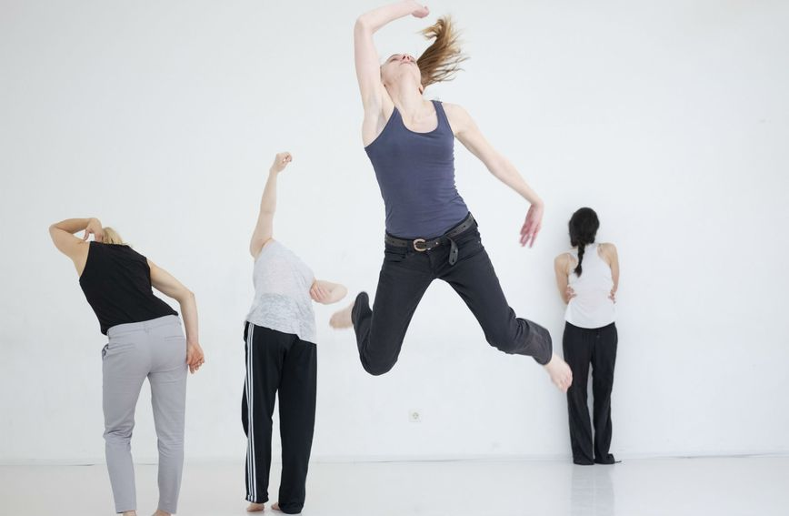 Prizori iz predstave 'Conversation pieces' koju gledamo na Tjednu suvremenog plesa
