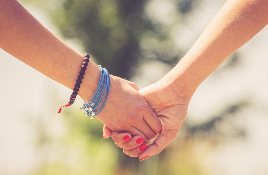 Još uvijek premalo tinejdžera i njihovih roditelja dolaze po pomoć vezano uz homoseksualnu orijentaciju