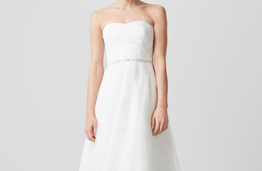 Za ljetna su vjenčanja mekanije, prozračnije i laganije vjenčanice itekako poželjne