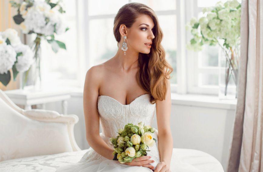 Biste li oprostili svekrvi da na vaše vjenčanje dođe u - vjenčanici?