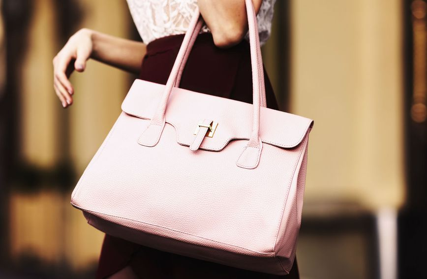 Velike torbe uvijek su popularne zbog svoje praktičnosti