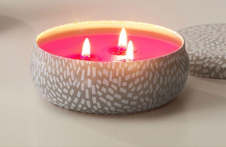 IKEA mirisna svijeća s mirisom sočne dinje i krastavca, 37,90 kn