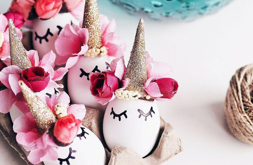Simpatična blagdanska dekoracija jaja u obliku jednoroga