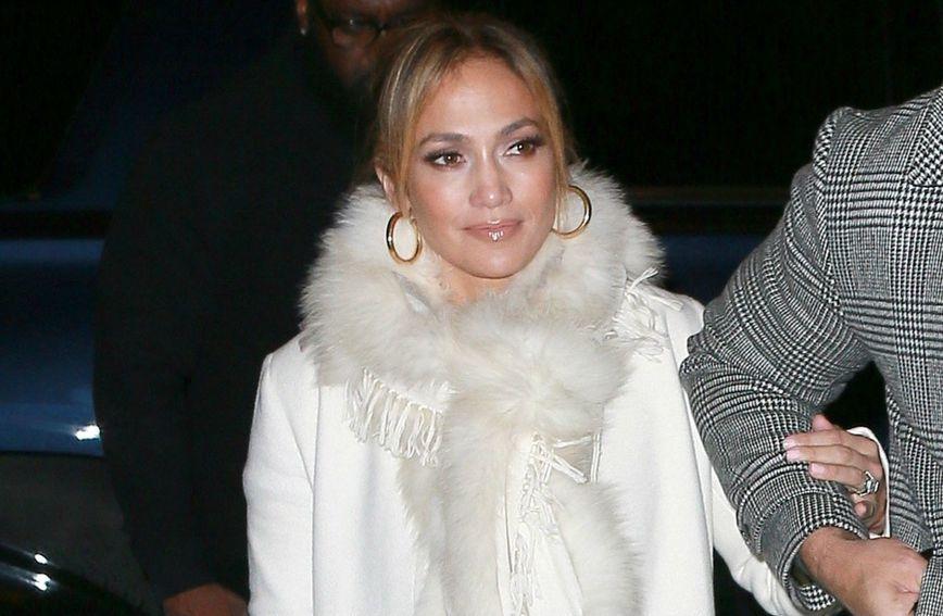 Jennifer Lopez uvijek privlači poglede svojim modnim kombinacijama