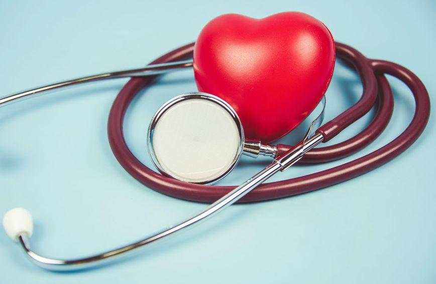 Srce i stetoskop