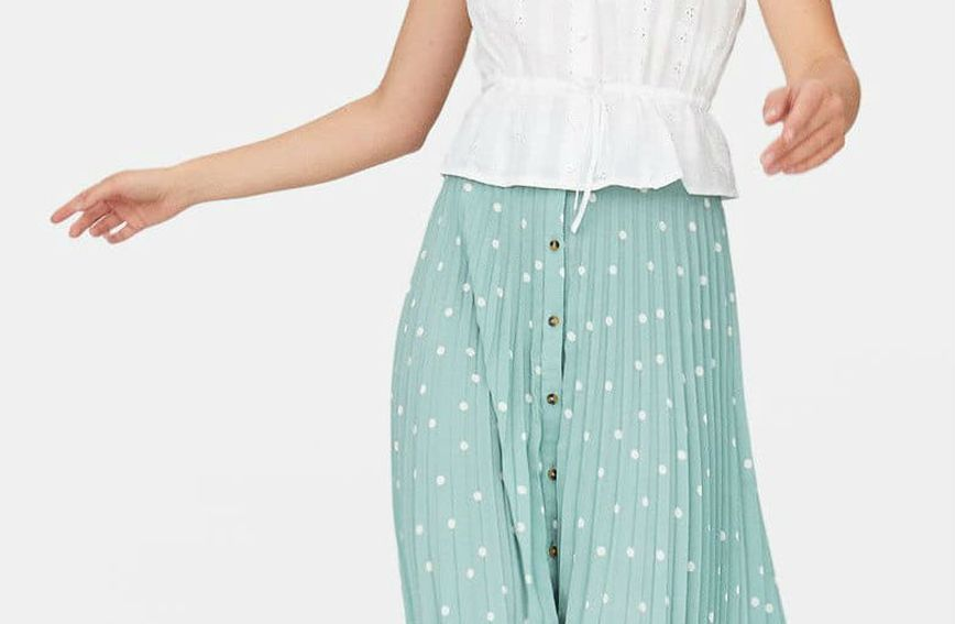Plisirane suknje mnogima su omiljeni komad