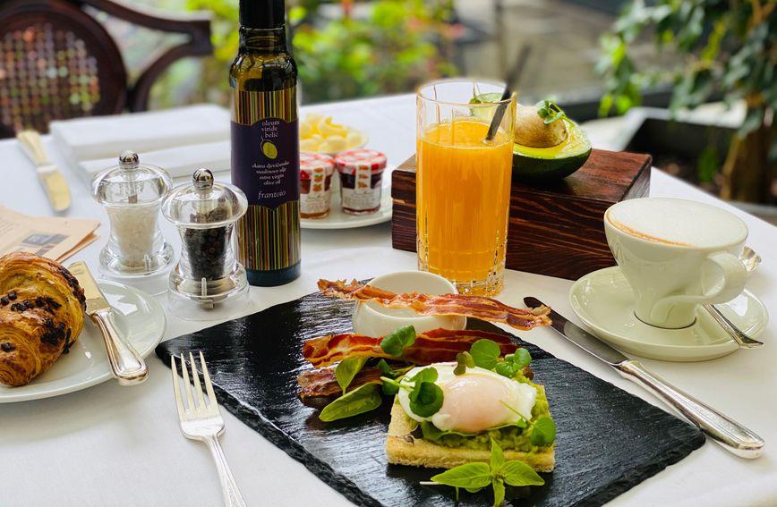 Doručak u Esplanadi