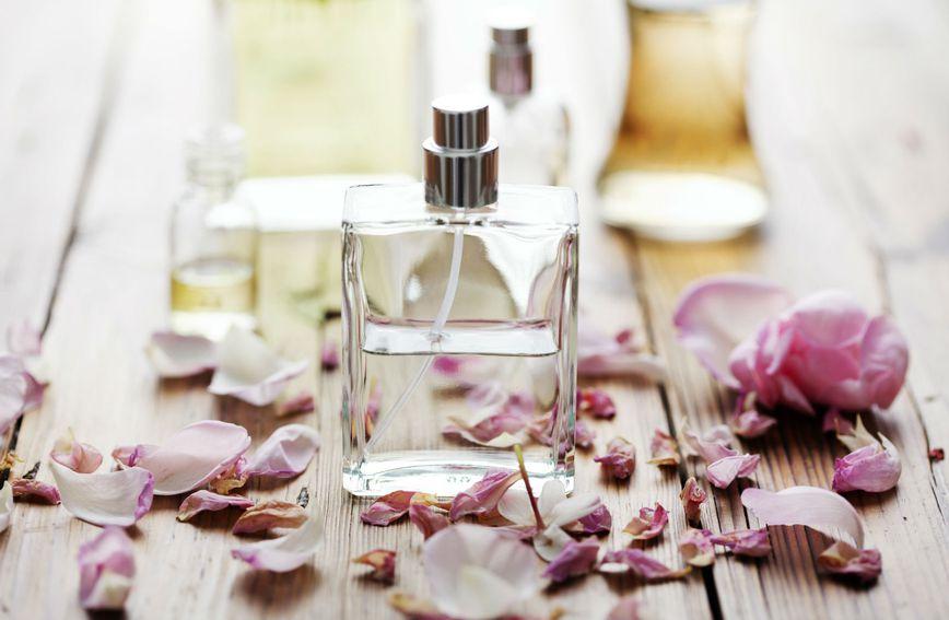 Svaka žena ima svoj omiljeni parfem čiji miris obožava