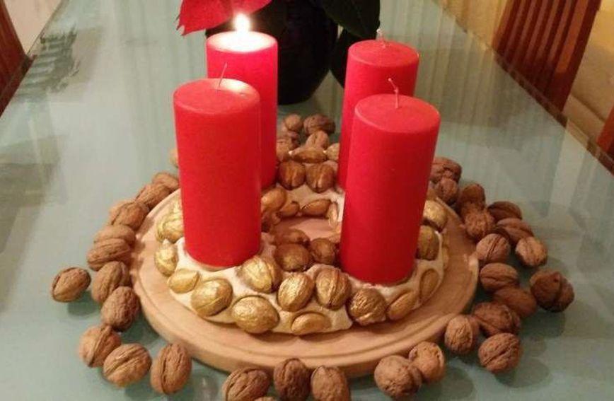 Adventski vijenac od orašastih plodova