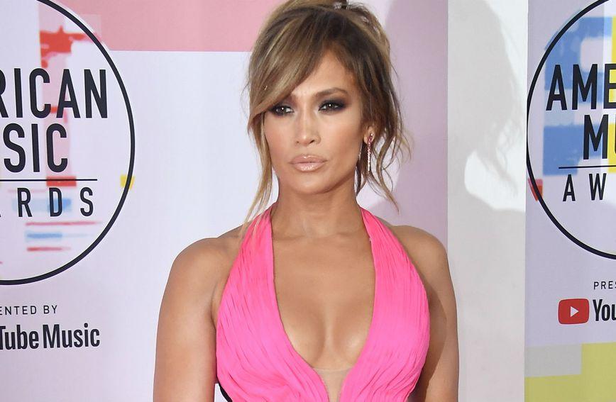 Jennifer Lopez uvijek plijeni pažnju svojim izdanjima