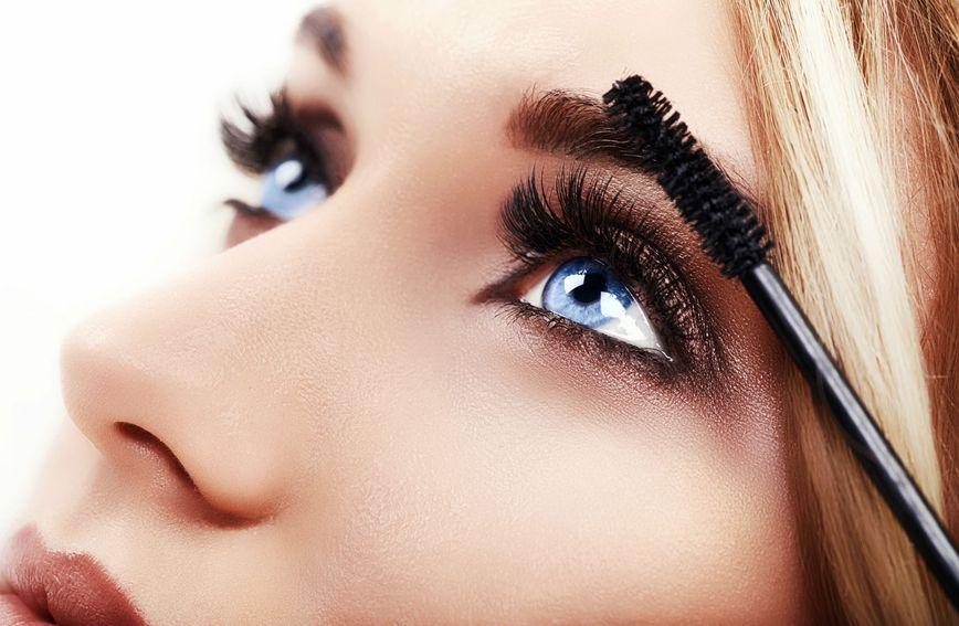 Duge i guste trepavice očima daju posebnu privlačnost