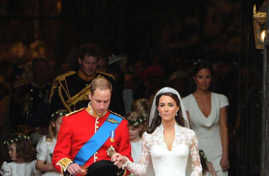 Catherine Middleton na vjenčanju (Foto: AFP)