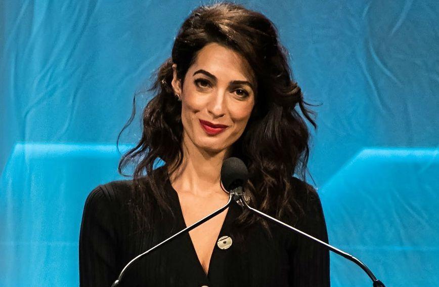 Amal Clooney uvijek privlači pažnju svojim odjevnim kombinacijama