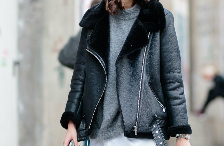 Kožnata jakna i pulover uvijek su dobar odabir