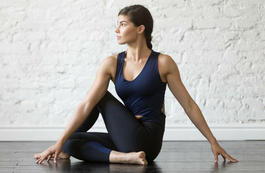 Vrste joge koje zahtijevaju da dulje vrijeme ostanete u istom položaju, mogu podići krvni tlak