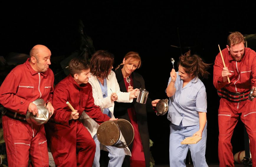 Premijera komedije \'Doma je najbolje\' Renea Medvešek u kazalištu Kerempuh