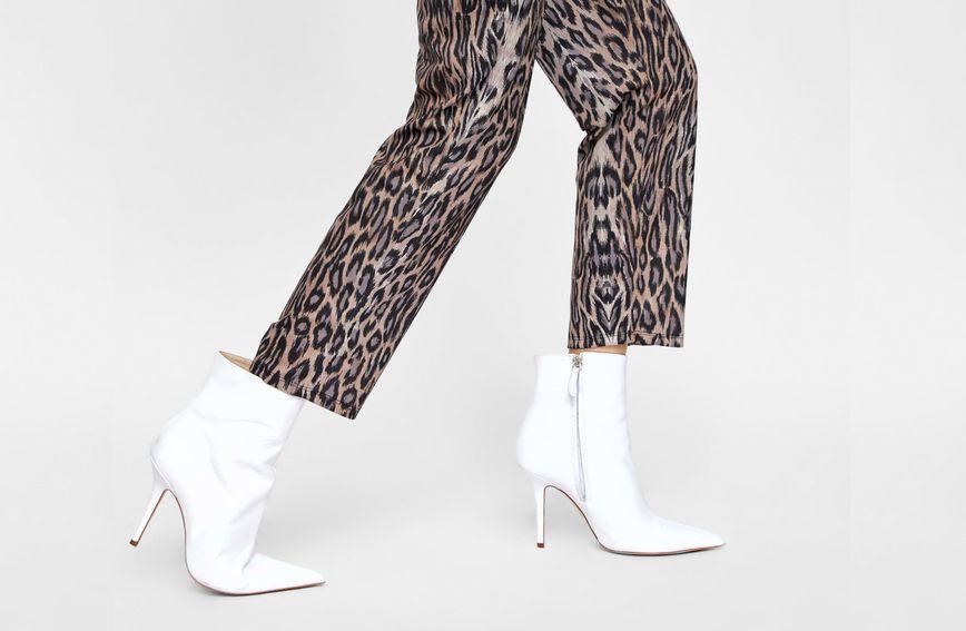 Zara, hlače, 149,90 kn; čizme, 349,90 kn
