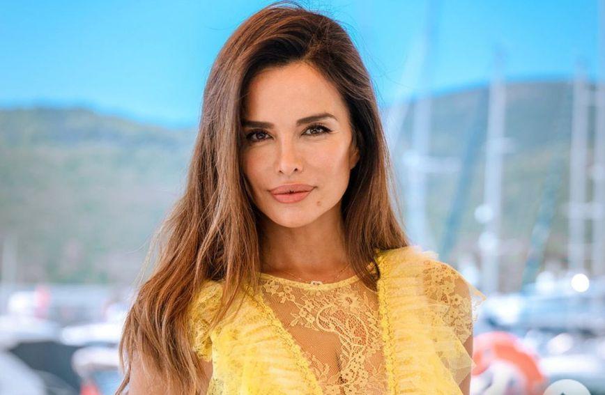 Severina je objavila fotografiju u žutoj haljini dizajnera Bojana Petrovića