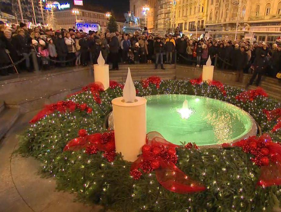 Paljenje prve adventske svijeće na Manduševcu (Foto: Dnevnik.hr)