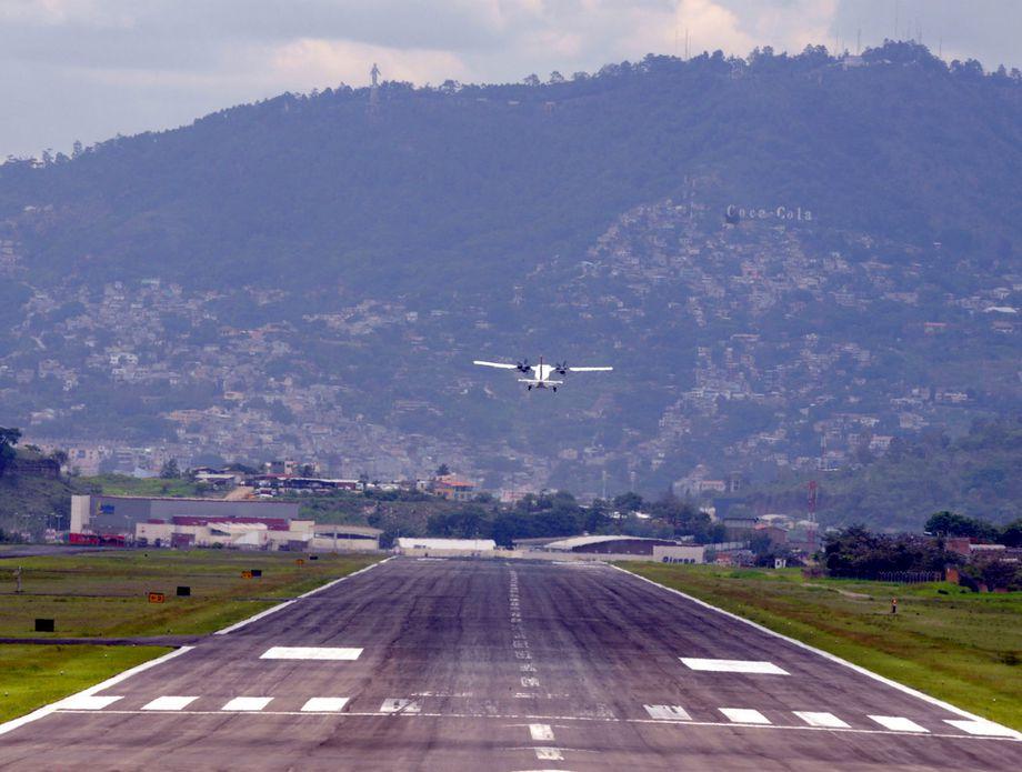 Aerodrom Toncontin, Honduras - 4