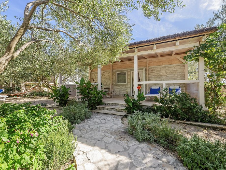 Olive Garden Camp Resort - 19