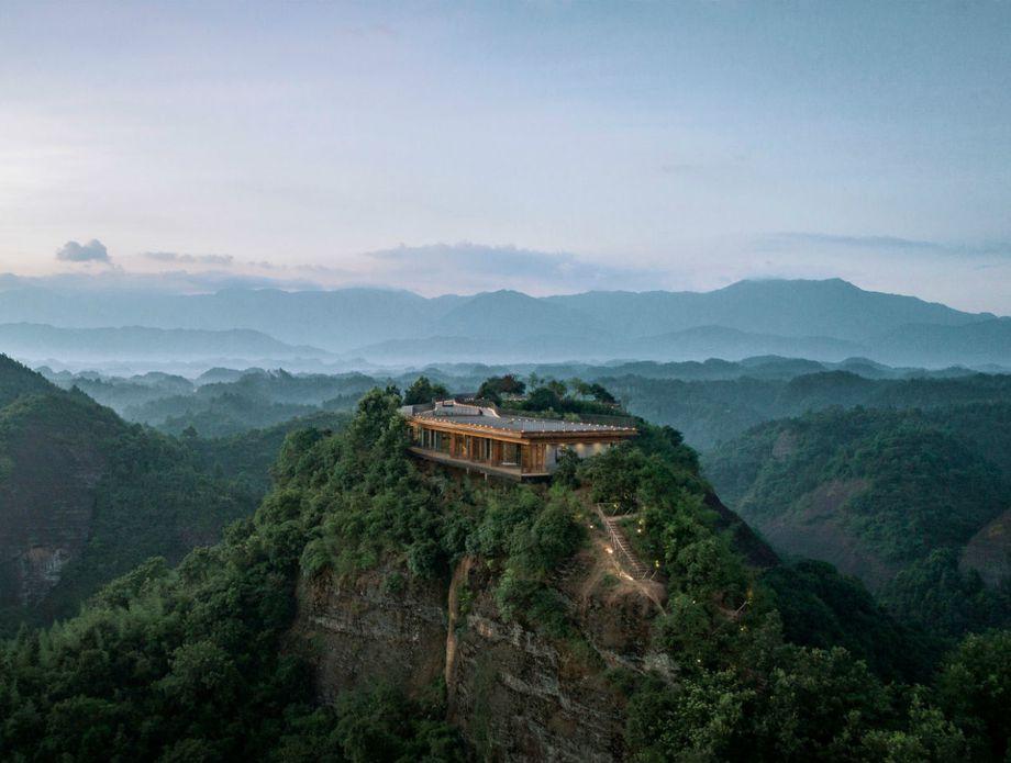 Eagel Rock Cliff hotel u Kini - 1