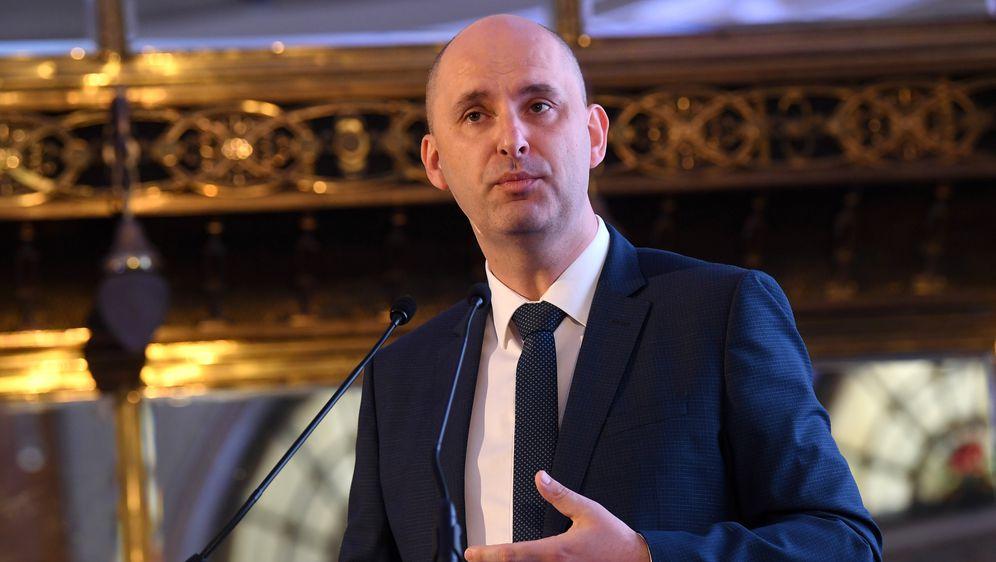 Ministar poljoprivrede Tomislav Tolušić (Foto: Marko Lukunic/PIXSELL)